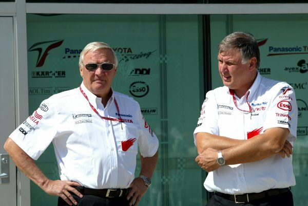 (L to R): Ove Andersson (SWE) Toyota Team Principal and Norbert Kreyer (GER) Senior General Manager of Race and Test Engineering.Formula One World Championship, Rd15, United States Grand Prix, Preparations, Indianapolis, USA, 25 September 2003.DIGITAL IMAGE