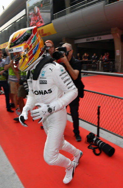 Lewis Hamilton (GBR) Mercedes AMG F1 celebrates in parc ferme at Formula One World Championship, Rd2, Chinese Grand Prix, Qualifying, Shanghai, China, Saturday 8 April 2017.