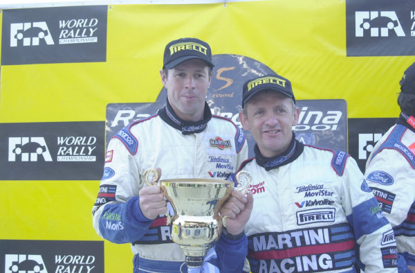 2001 World Rally Championship. ArgentinaMay 3rd-6th, 2001Colin and Nicky with one of the winning trophies.Photo: Ralph Hardwick/LAT