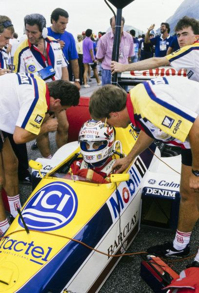Nigel Mansell, Williams FW12 Judd, on the grid.