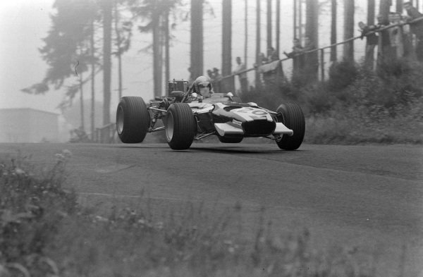 Vic Elford, Cooper T86B BRM, gets airborne.
