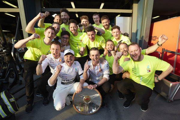 Valtteri Bottas, Mercedes AMG F1, 1st position, celebrates with his team and trophy