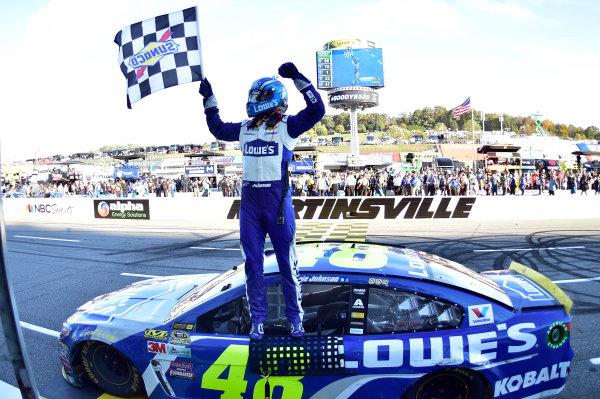 28-30 October, 2016, Martinsville, Virginia USA Jimmie Johnson celebrates after winning at Martinsville. ©2016, John Harrelson / LAT Photo USA