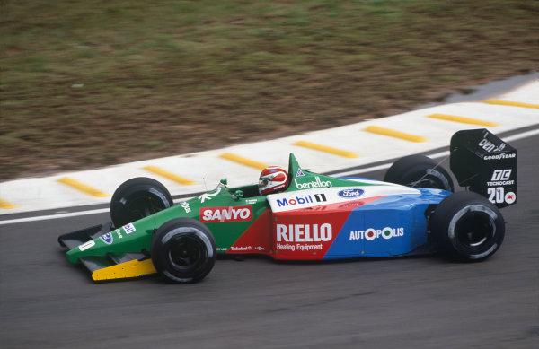 Interlagos, Sao Paulo, Brazil. 23rd - 25th March 1990.Nelson Piquet (Benetton B189B-Ford), 6th position, action. World Copyright: LAT Photographic.Ref:  90BRA