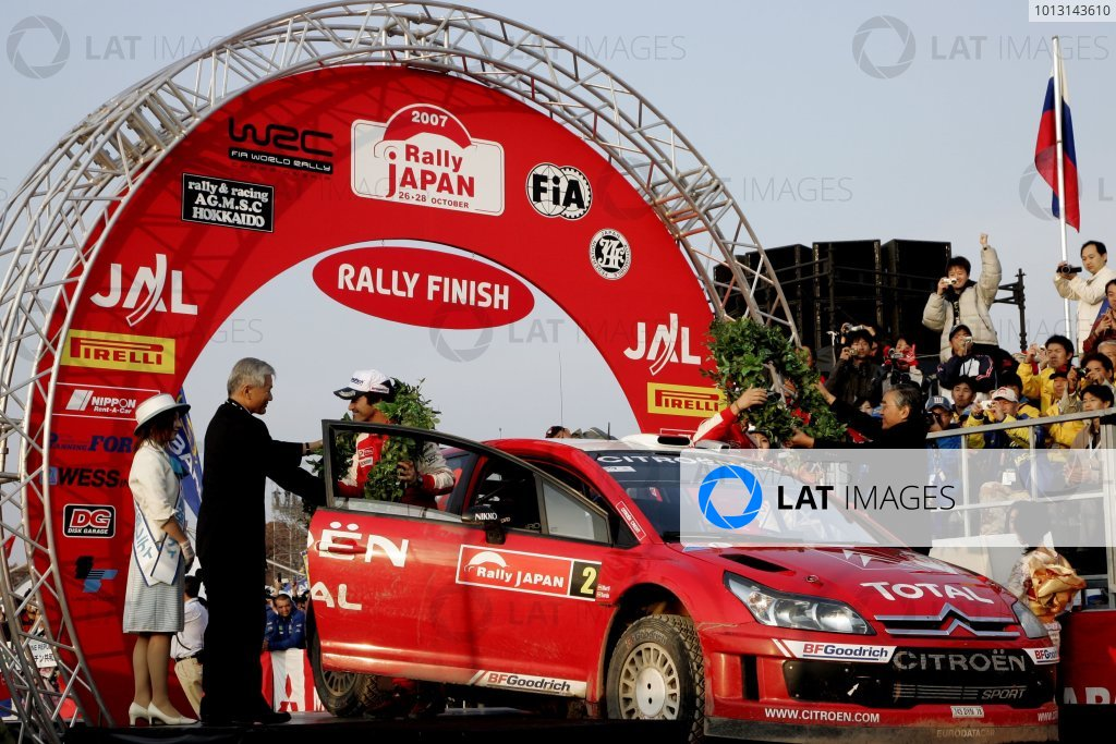 2007 FIA World Rally Champs. Round 14Rally Japan, 25th - 28th October 2007Dani Sordo, Ford, podiumWorld Copyright: McKlein/LAT
