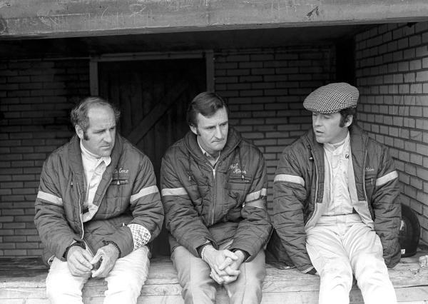 Team Mclaren had a dreadful weekend, from L to R: Denny Hulme(NZL), Team manager Phil Kerr(NZL), and Peter Gethin(GBR) Dutch GP, Zandvoort, 20 June 1971