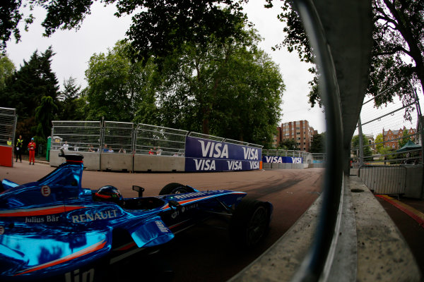2014/2015 FIA Formula E Championship. London ePrix, Battersea Park, London, United Kingdom. Sunday 28 June 2015 Salvador Duran (MEX)/Amlin Aguri - Spark-Renault SRT_01E Photo: Zak Mauger/LAT/Formula E ref: Digital Image _L0U9996