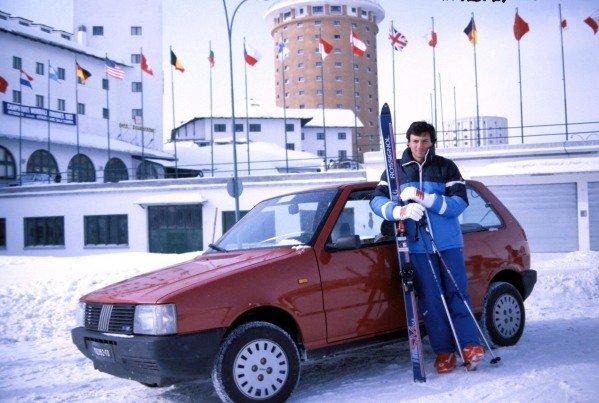 1983 - RICCARDO PATRESE  PILOTA BRABHAM BMW AL SESTRIERE  PER LA SETTIMANA F1 SUGLI SCI. © FOTO ERCOLE COLOMBO