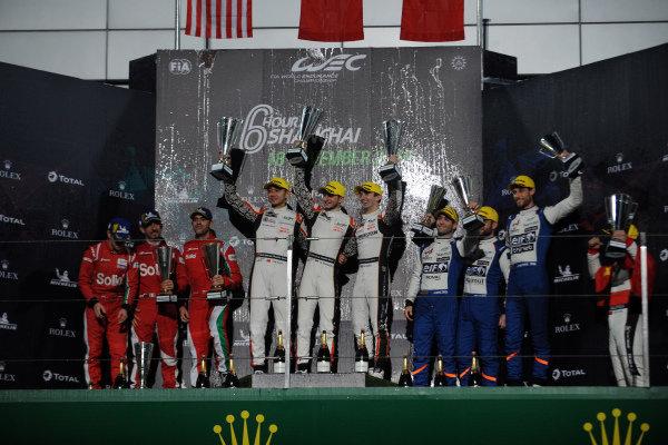 P2 Podium, #38 Jackie Chan DC Racing Oreca 07 Gibson: Ho-Ping Tung, Gabriel Aubry, Stephane Richelmi