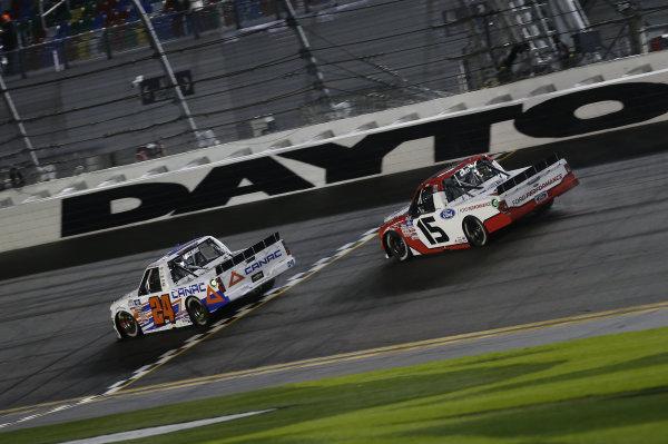 #24: Raphael Lessard, GMS Racing, Chevrolet Silverado CANAC, #15: Tanner Gray, Team DGR, Ford F-150 Ford Performance