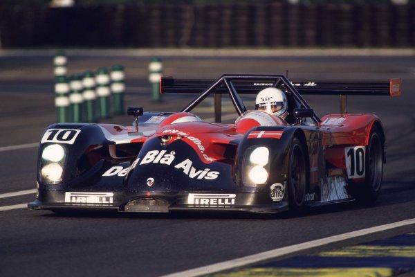 2000 Le Mans 24 Hours.Le Mans, France.17-18 June 2000.John Nielsen/Klaus Graf/Mauro Baldi (Den Bla Avis Panoz LMP Roadster S).World - LAT Photographic