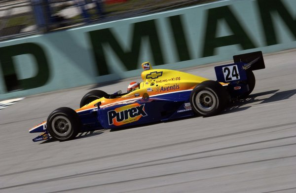 2003 IRL IndyCar Homestead, 2/28-3/2,2003, Homestead-Miami Speedway, USA Robbie Buhl at speed down the main straight.World Copyright-F Peirce Williams 2003 LAT Photographicref: Digital Image Only