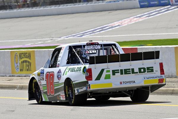 #18: Harrison Burton, Kyle Busch Motorsports, Toyota Tundra Fields/Sports Force Parks
