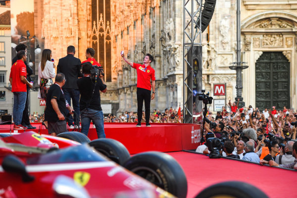 Charles Leclerc, Ferrari takes a selfie on stage