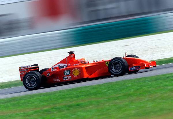 2001 Malaysian Grand Prix.Sepang, Kuala Lumpur, Malaysia. 16-18 March 2001.Michael Schumacher (Ferrari F2001) 1st position.World Copyright - Steve Etherington/LAT Photographic.ref: 15mb Digital Image