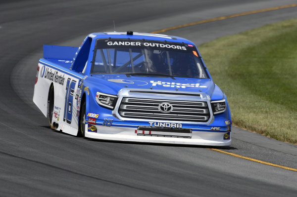 #16: Austin Hill, Hattori Racing Enterprises, Toyota Tundra United Rentals