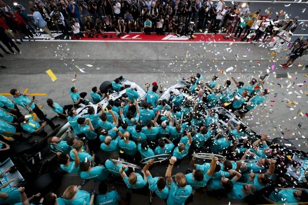 Mercedes AMG F1 team photograph