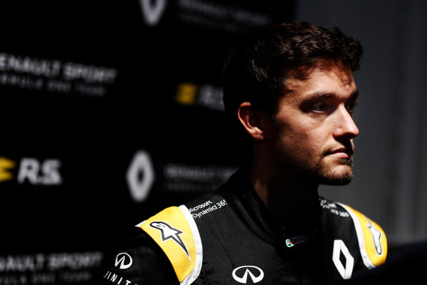 Renault  RS17  Formula 1 Launch. The Lindley Hall, London, UK. Tuesday 21 February 2017. Jolyon Palmer, Renault Sport F1.  World Copyright: Glenn Dunbar/LAT Images Ref: _X4I0031