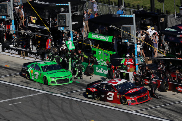 Monster Energy NASCAR Cup Series Daytona 500 Daytona International Speedway, Daytona Beach, FL USA Sunday 18 February 2018 Austin Dillon, Richard Childress Racing, Dow Chevrolet Camaro, Danica Patrick, Premium Motorsports, GoDaddy Chevrolet Camaro, pit stop World Copyright: Michael L. Levitt LAT Images