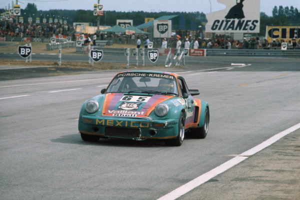 Le Mans, France. 14-15 June 1975.Billy Sprowls/Juan-Carlos Bolanos/Andres Contreras (Porsche Carrera RSK), 9th position, action. World Copyright: LAT PhotographicRef: 75LM11.