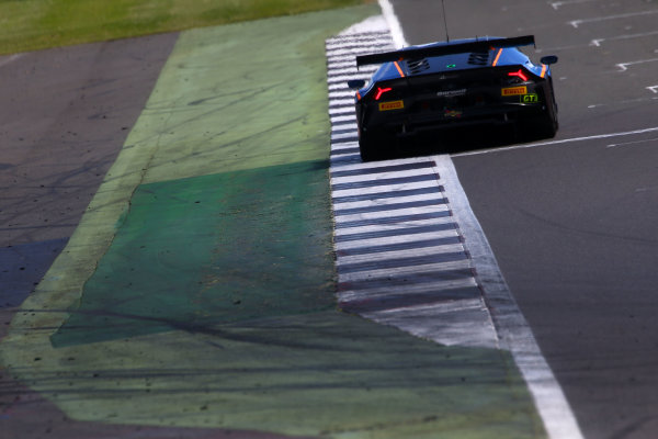 2017 British GT Championship, Silverstone, 11th-12th June 2017, Liam Griffin / Sam Tordoff Barwell Motorsport Lamborghini Hurracan GT3. World copyright. JEP/LAT Images