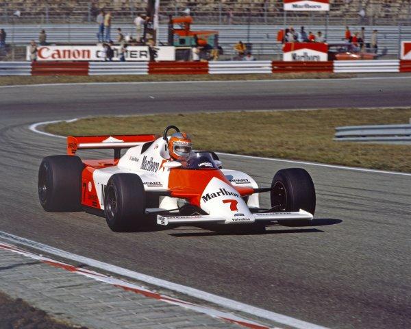 1982 Dutch Grand Prix.Zandvoort, Holland.1-3 July 1982.John Watson (McLaren MP4/1B Ford) 9th position.Ref-82 HOLWorld Copyright - LAT Photographic