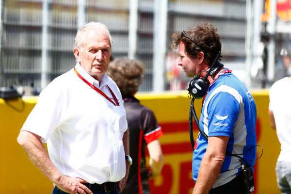 2016 GP2 Series Round 1.  Circuit de Catalunya, Barcelona, Spain. Saturday 14 May 2016. Helmut Marko, Consultant, Red Bull Racing and Trevor Carlin. Photo: Zak Mauger/GP2 Series Media Service. ref: Digital Image _L0U8606
