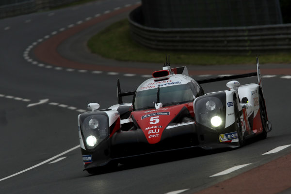 2016 Le Mans 24 Hours Test day, Le Mans, France. 5th June 2016. Anthony Davidson / Sebastien Buemi / Kazuki Nakajima / Alexander Wurz - Toyota Gazoo Racing Toyota TS050 Hybrid. World Copyright: Ebrey / LAT Photographic.
