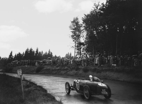 Nurburgring, Germany. 19th July 1931. Dudley Froy (Riley), 1st position in the Group 2 race, action.  World Copyright: LAT Photographic. Ref:  Autocar Glass Plate B6824