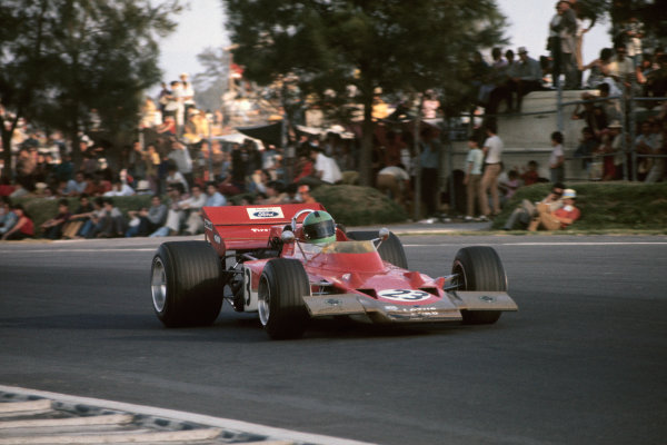 1970 Mexican Grand Prix.  Mexico City, Mexico. 23-25th October 1970.  Reine Wisell, Lotus 72C Ford.  Ref: 70MEX94. World Copyright: LAT Photographic