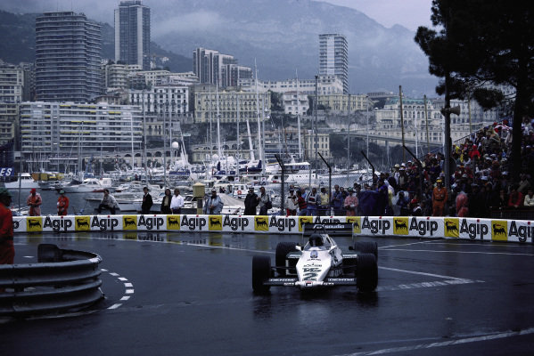 Jacques Lafitte, Williams FW08C Ford, with oversteer at Rascasse.