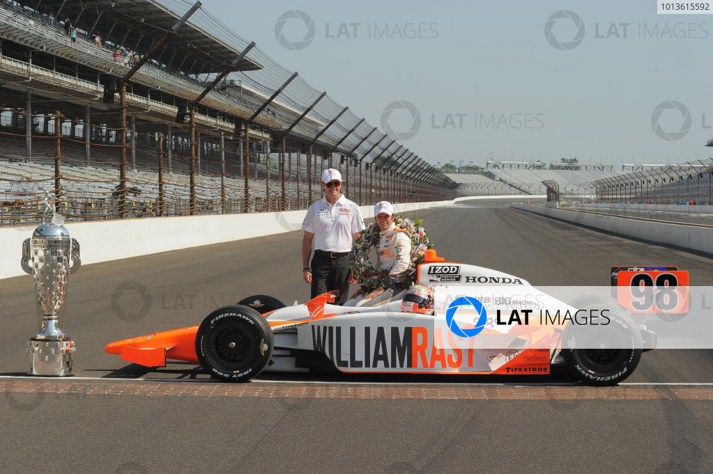 2011 IndyCar Indy 500 Race Winner's Portrait