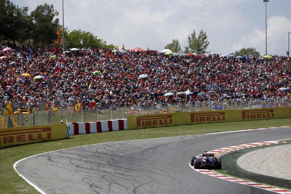 Circuit de Catalunya, Barcelona, Spain 12th May 2013 Sebastian Vettel, Red Bull RB9 Renault.  Photo: Andrew Ferraro/LAT Photographic ref: Digital Image _79P5906