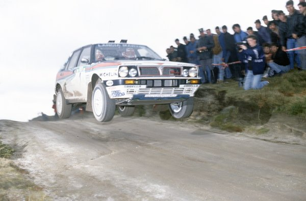 1989 World Rally Championship.Portuguese Rally, Portugal. 28 February-4 March 1989.Miki Biasion/Tiziano Siviero (Lancia Delta Integrale), 1st position.World Copyright: LAT PhotographicRef: 35mm transparency 89RALLY02