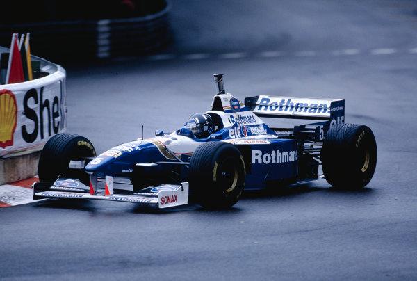 1996 Monaco Grand Prix.Monte Carlo, Monaco. 16-19 May 1996.Damon Hill (Williams FW18 Renault).Ref-96 MON 50.World Copyright - LAT Photographic