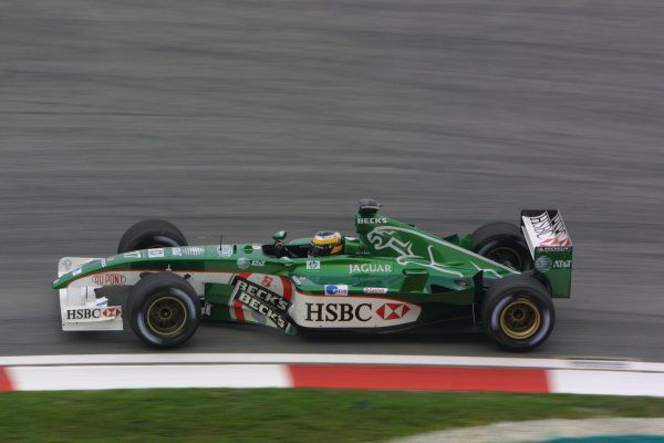 2002 Malaysian Grand Prix - Friday PracticeSepang, Malaysia. 15th March 2002World Copyright: LAT Photographicref: Digital Image Only