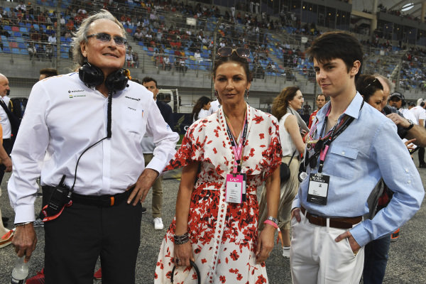 Mansour Ojjeh, co-owner, McLaren, and Actress Catherine Zeta Jones on the grid