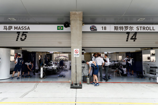 Shanghai International Circuit, Shanghai, China.  Thursday 06 April 2017. The Williams garage containing the Williams FW40 Mercedes cars of Lance Stroll and Felipe Massa. World Copyright: Glenn Dunbar/LAT Images ref: Digital Image _31I3053