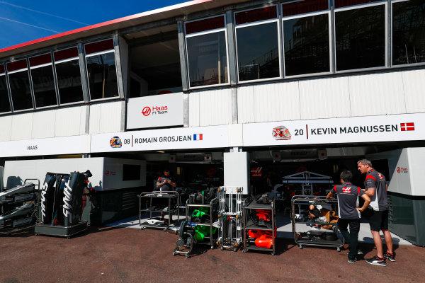 Monte Carlo, Monaco. Wednesday 24 May 2017. Haas garage. World Copyright: Sam Bloxham/LAT Images ref: Digital Image _J6I9705