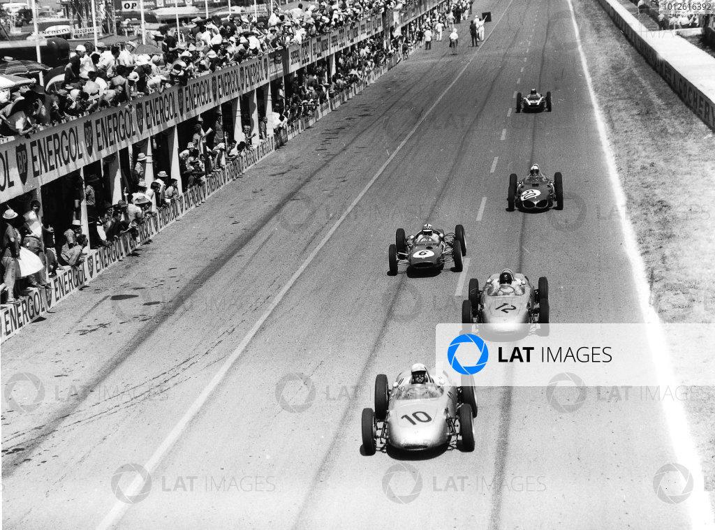 Reims, France.30/6-2/7 1961.Jo Bonnier leads Dan Gurney (both Porsche 718), Innes Ireland (Lotus 21-Climax), Giancarlo Baghetti (Ferrari Dino 156) and Bruce McLaren (Cooper T55-Climax). Baghetti and Gurney finished in 1st and 2nd positions respectively.Ref-Autocar C62350.World Copyright - LAT Photographic