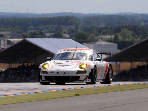 Circuit de La Sarthe, Le Mans, France. 13th - 17th June 2012. RacePaul Daniels/Markus Palttala/Joel Camathias, JWA-AVILA, No 55 Porsche 911 RSR (997). Photo: Jeff Bloxham/LAT Photographicref: Digital Image DSC_3723