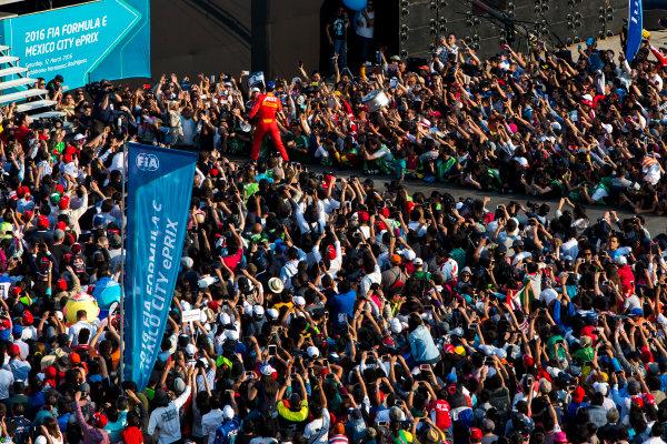 2015/2016 FIA Formula E Championship. Mexico City ePrix, Autodromo Hermanos Rodriguez, Mexico City, Mexico. Saturday 12 March 2016. Lucas Di Grassi (BRA), ABT Audi Sport FE01. Photo: Zak Mauger/LAT/Formula E ref: Digital Image _79P3974