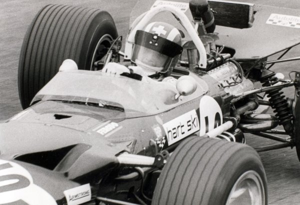 1969 Dutch Grand Prix.Zandvoort, Holland. 21 June 1969.Jo Siffert, Lotus 49B-Ford, 2nd position, action.World Copyright: LAT PhotographicRef: Autosport b&w print
