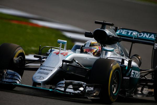 Silverstone, Northamptonshire, UK Friday 8 July 2016. Lewis Hamilton, Mercedes F1 W07 Hybrid. World Copyright: Hone/LAT Photographic ref: Digital Image _ONY7895