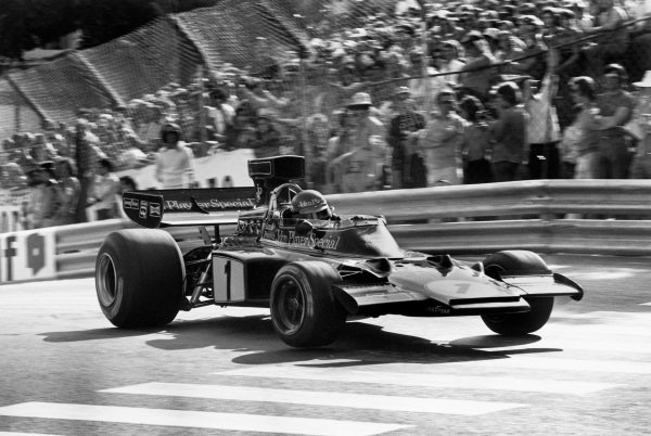 Monte Carlo, Monaco. 23 - 26 May 1974. Ronnie Peterson (Lotus 72E-Ford), 1st position, action. World Copyright: LAT Photographic. Ref: 6349 - 10-10A.