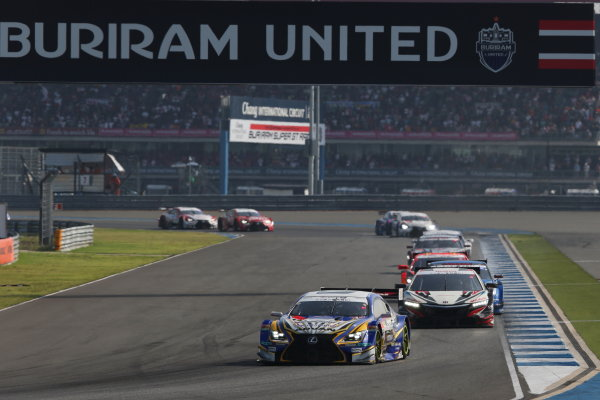 2016 Japanese Super GT Series. Chang International, Thailand. 8th - 9th October 2016. Rd 7. GT500 - Start of the race, action. World Copyright : Masahide Kamio / LAT Photographic Ref : 2016ST_Rd7_THAI_001