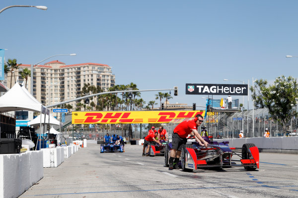 2014/2015 FIA Formula E Championship. Virgin push their car onto the grid. Long Beach ePrix, Long Beach, California, United States of America. Saturday 4 April 2015  Photo: Adam Warner/LAT/FE ref: Digital Image _A8C5421