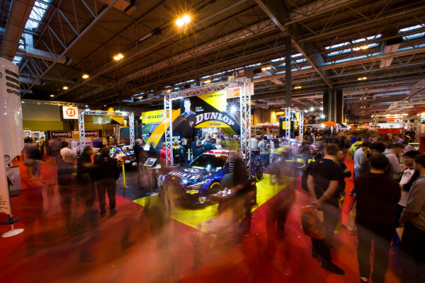 Autosport International Exhibition. National Exhibition Centre, Birmingham, UK. Sunday 11 January 2015. Fans at the Dunlop stage. World Copyright: Malcolm Griffiths/LAT Photographic. ref: Digital Image A50A4228