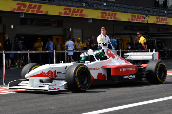 David Coulthard (GBR) Channel Four TV Commentator and F1 Experiences 2-Seater passenger at Formula One World Championship, Rd18, Mexican Grand Prix, Race, Circuit Hermanos Rodriguez, Mexico City, Mexico, Sunday 29 October 2017.