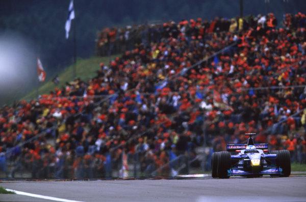 2000 European Grand Prix.Nurburgring, Germany. 19-21 May 2000.Mika Salo (Sauber C19 Petronas).World Copyright - LAT Photographic35mm Original